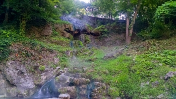 Water - Image Orientation - Hot Spring in Hot Springs National Park, Arkansas
